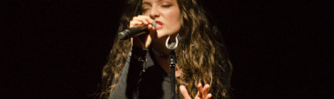 Lorde performing in Berlin. Copyright: Caitlin Hardee, Nomad News.