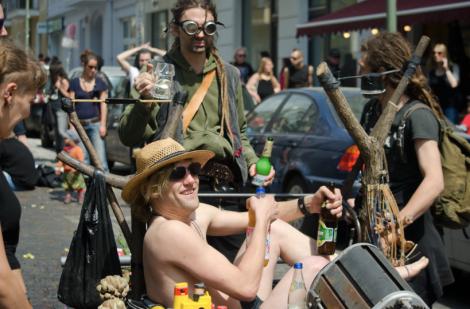 Karneval der Subkulturen, Friedrichshain, Berlin. Copyright: Caitlin Hardee